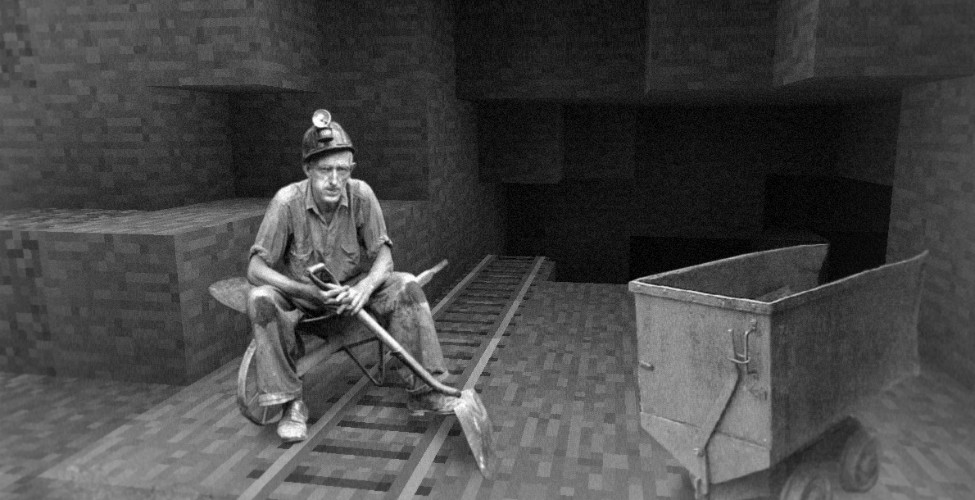 miner_in_minecraft_resized_0.jpg